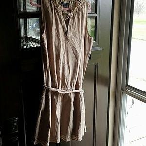 Adorable GAP mini dress with belt